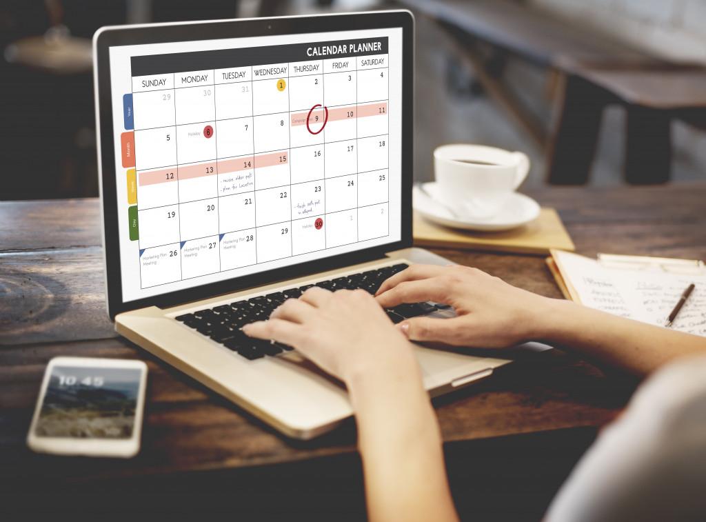 calendar on laptop